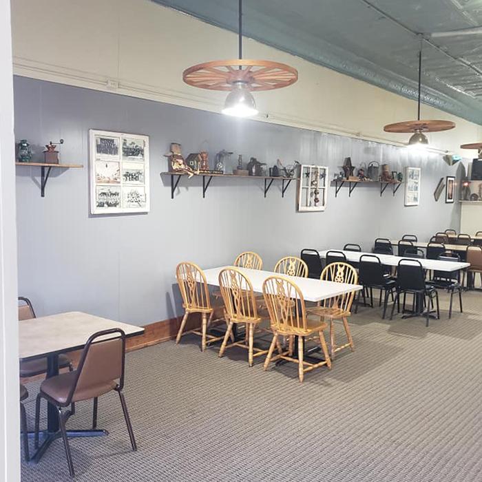 Magpies Family Restaurant Indoor 1 Square